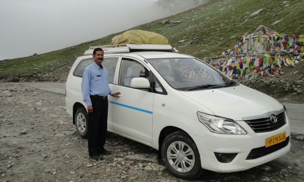 Tourist-chauffeur-en-inde-Harish