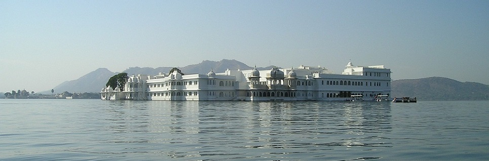 Lake-palace-Udaipur- picture